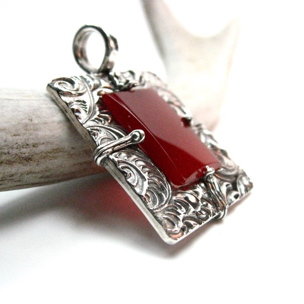 Crystal Red Agate Pendant